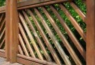 Crooked Corner Privacy screens 40